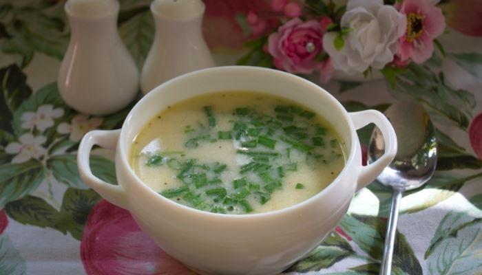 Суп сырный с плавленым сыром и курицей