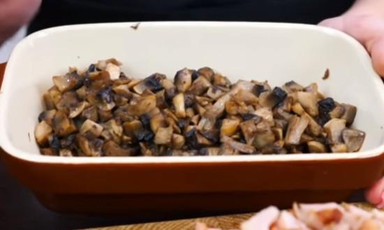 обжарили грибы