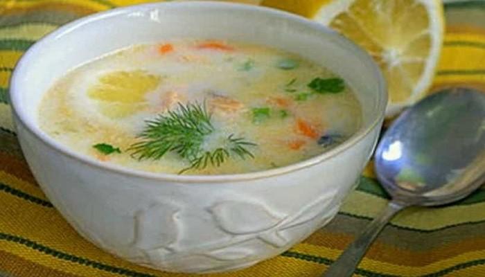 Сливочный суп из хребтов семги с картофелем