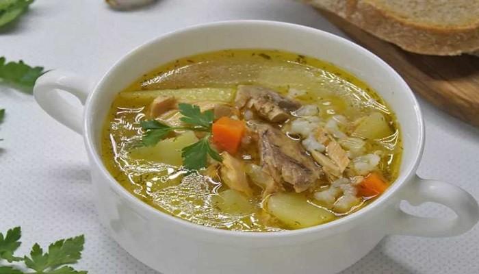 Рисовый суп со скумбрией