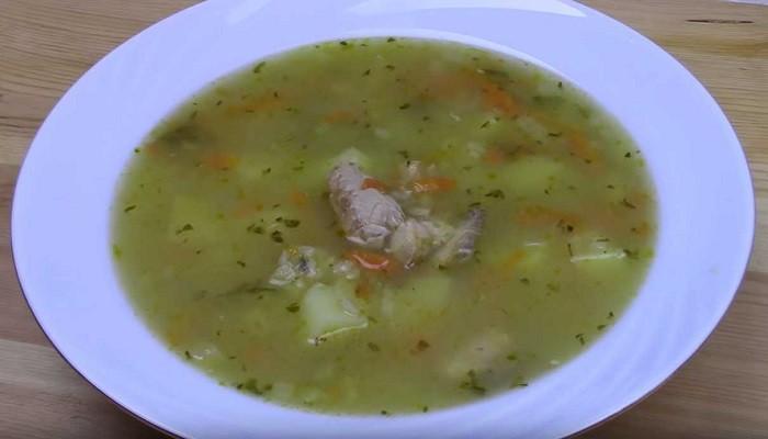 Суп из головы и хвоста горбуши с рисом