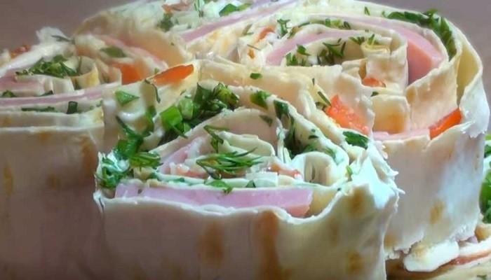 Шаурма-закуска с колбасой и сыром