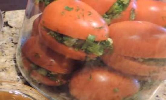 начинить томаты