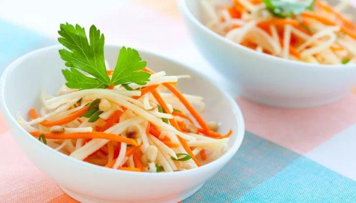 Гарнир из свежей моркови и дайкона