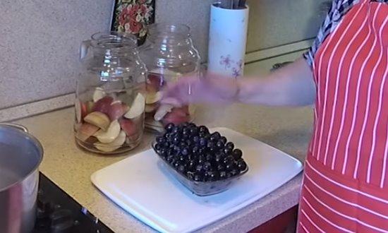 Подготавливаем виноград