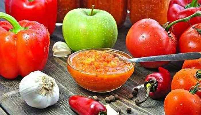 аджика с яблоками на зиму