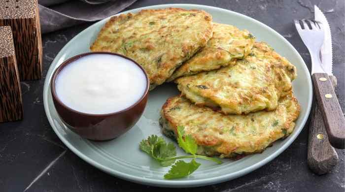 Оладьи из кабачков — простые и самые вкусные рецепты быстрого приготовления
