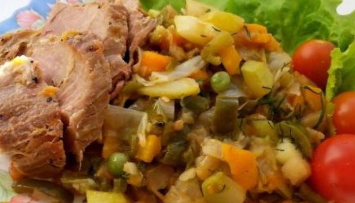 Рагу с кабачками, баклажанами и капустой