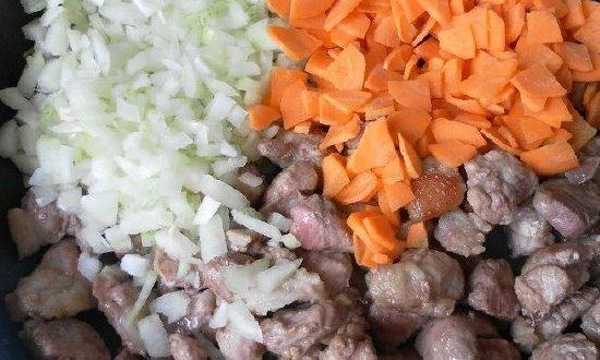 Овощи тушим с мясом