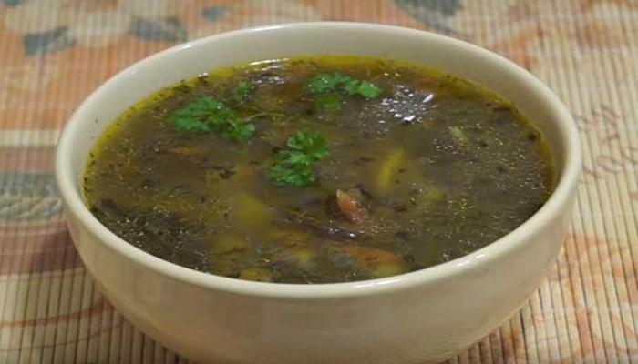 Грибной суп в мультиварке с вермишелью