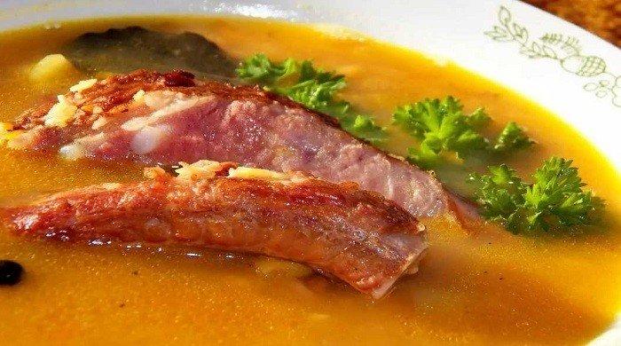 Как вкусно сварить гороховый суп с копчеными ребрышками — пошаговые рецепты