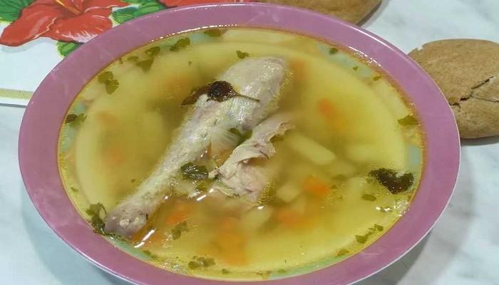 Классический рецепт горохового супа с курицей