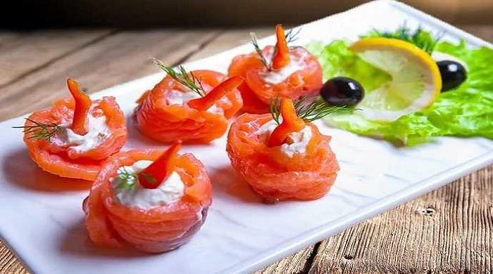 Рецепты приготовления закуски из красной рыбы и сливочного сыра на праздничный стол