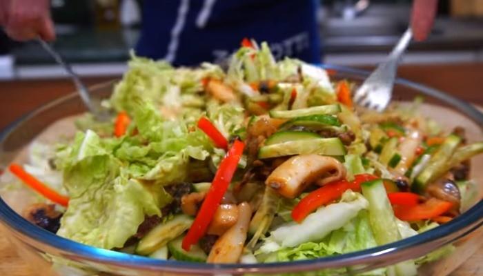 Морской салат с капустой