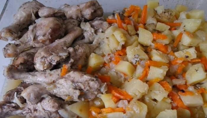 Картошка с курицей в банке