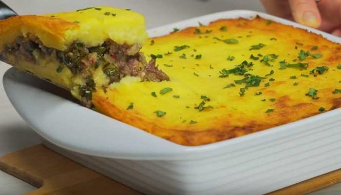 Картофельная запеканка с фаршем, запеченная в духовке