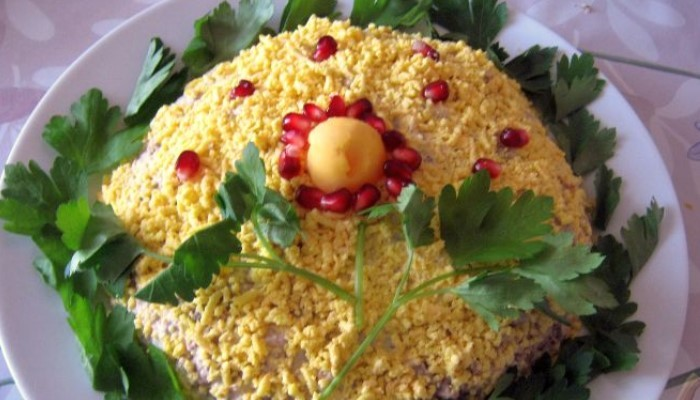 Салат Мимоза с сыром «Чеддер»