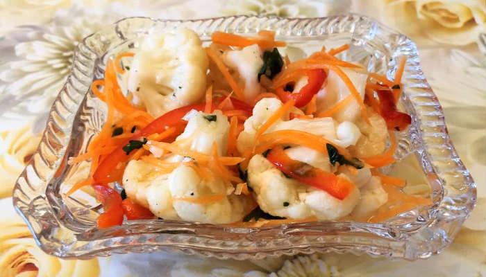Салат из цветной капусты по-корейски с болгарским перцем