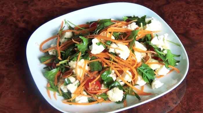 Салат из цветной капусты с помидорами и сыром — рецепты простые и вкусные с фотографиями