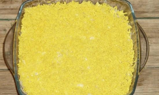 Затем слой желтков