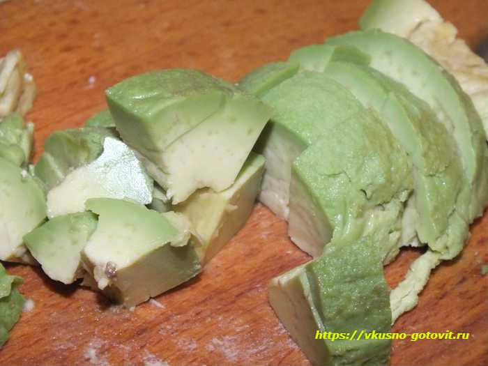 Режем авокадо