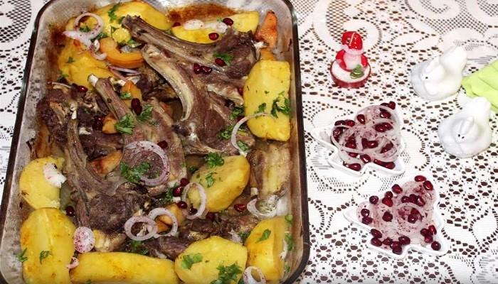 Бараньи рёбрышки с картошкой