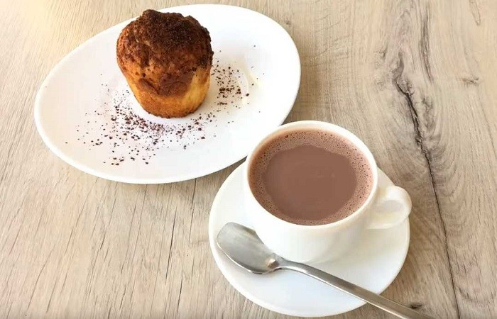 какао на молоке с корицей