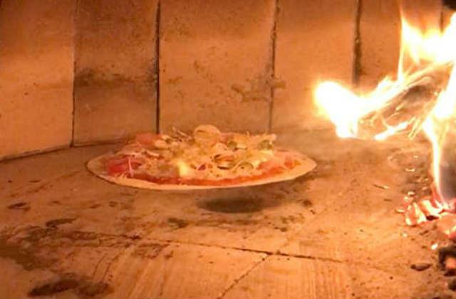 пицца в печи