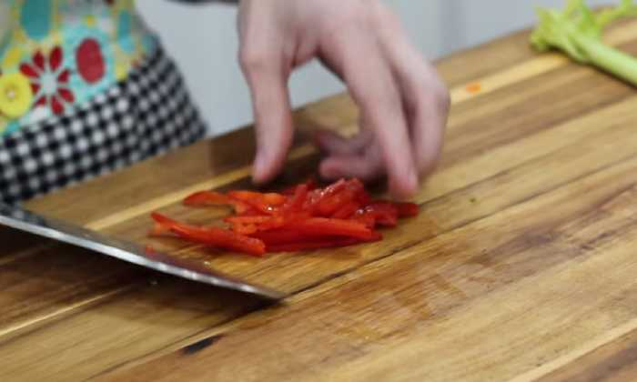 режем болгарский перец